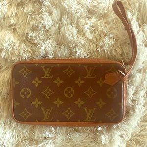 Louis Vuitton Sport Clutch 183 - Vintage